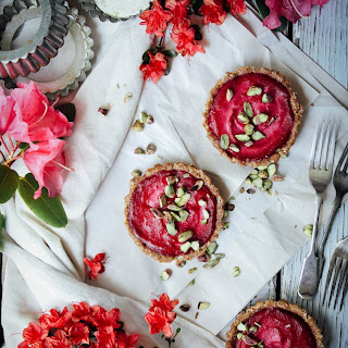 ORANGE-BEETROOT TARTLETS with ALMOND-FIG CRUST