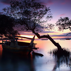 Morning Glow by Marcell Boli - Landscapes Waterscapes