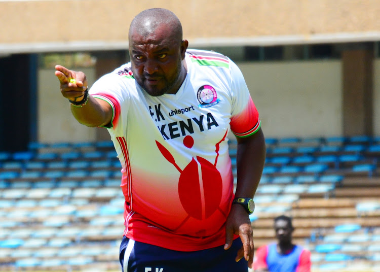 Outgoing Harambee Stars coach Francis Kimanzi issues instructions during a past training session at Moi Stadium, Kasarani.