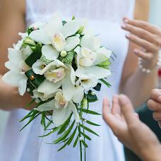 Wedding photographer Aleksey Mikhaylov (visualcreator). Photo of 15.10.2014