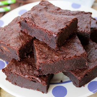 Paleo Dark Chocolate Fudge Brownies