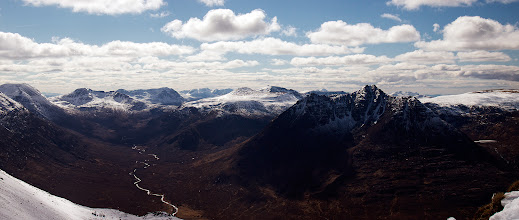 Photo: The view from the An Teallach ridge line, showing Beinn Dearg to the South.