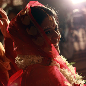 Bengali Wedding by Partha Das - Wedding Bride