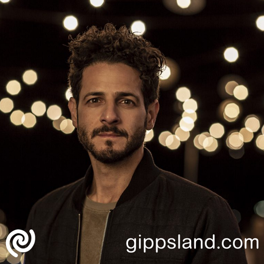 Lior burst on to the Australian music scene in 2005 with his stunning debut album - �Autumn Flow�. which became one of the most successful independent debuts in Australian history