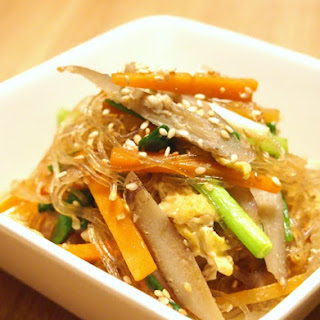 Hearty Japanese-style Glass Noodle Stir-Fry