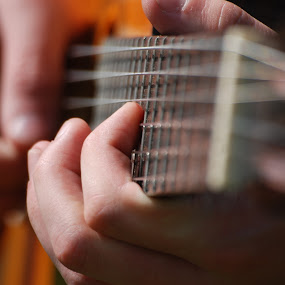 Guitar fingers by Nikola Bogdanic - People Musicians & Entertainers ( music, fingers, guitar )