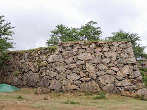 Photo: 石垣がきれいなまま残っていると思ったら、復元したものらしい。