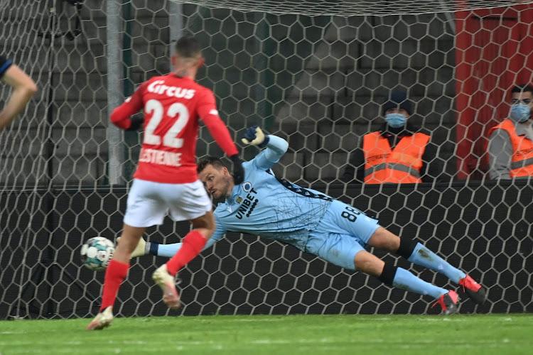 Standard heeft twee strafschoppen nodig om draw uit de brand te slepen tegen Club Brugge