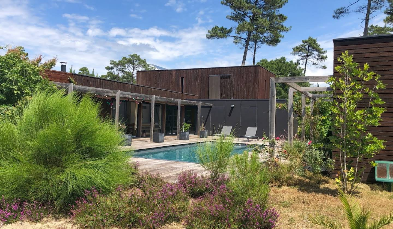Villa avec piscine et terrasse Lit-et-Mixe