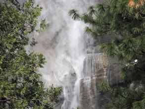 Photo: Yosemite Falls up even closer, SX10. #2363