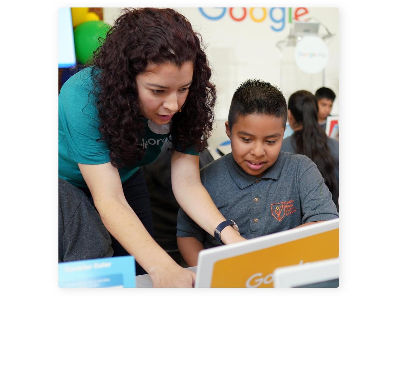 Google employee working in their community