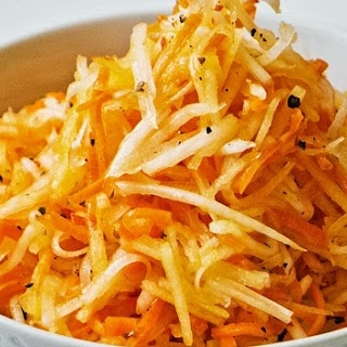 Raw Turnip, Apple and Carrot Slaw