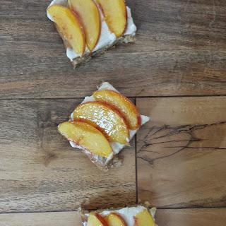 Peach Cheesecake Bar