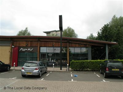 Pizza Hut On Ryemead Way Restaurant Pizzeria In Town