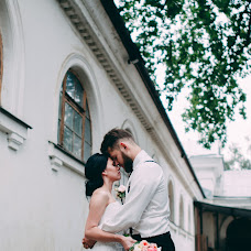 Wedding photographer Aleksandra Burdakova (burdakovaa). Photo of 28.09.2015