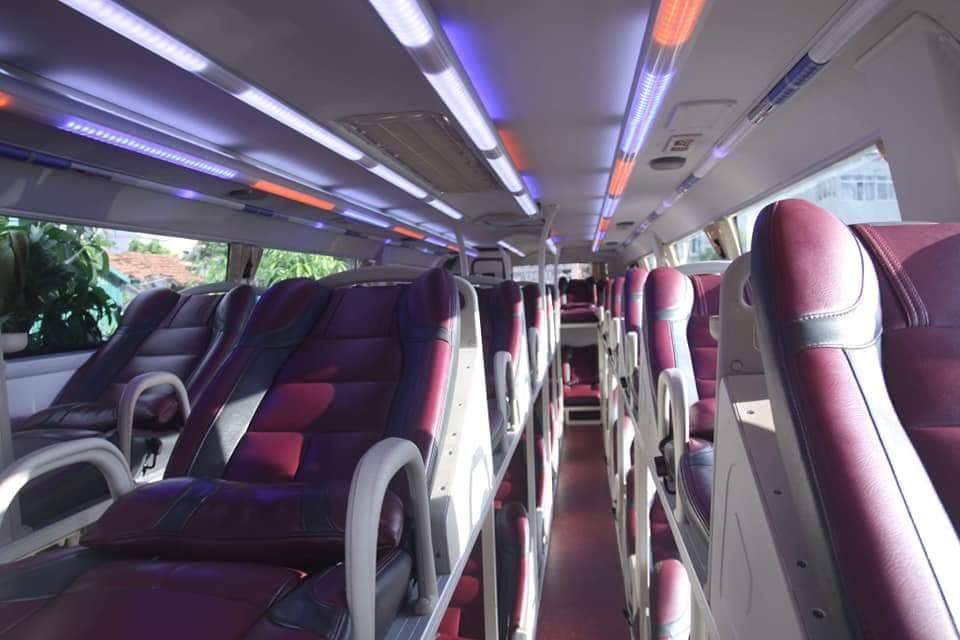 Nội thất xe King Express Bus đi Sapa từ Hà Nội
