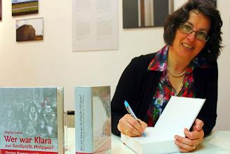 Photo: Predstavitev knjige Brigitte Enter Wer war Klara aus Šentlipš? v Forumu Zarja v Železni Kapli. (Foto Zdravko Haderlap)
