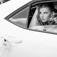 Wedding photographer Darya Akulova (PhotoJan). Photo of 19.10.2014