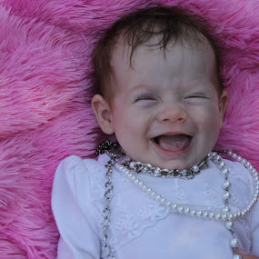 Contagious laughter by Tabitha Paganelli - Babies & Children Babies ( laughing baby, happy baby, baby girl, child photography, children, baby photos, newborn, little baby )