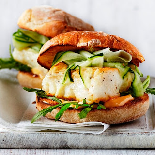 Delicious and Easy Spicy Fish Burgers Recipe