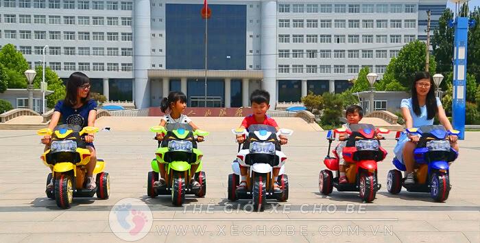 Xe máy điện trẻ em có điều khiển từ xa hay không 1