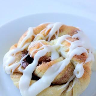 Cinnamon Roll Twist Knots.