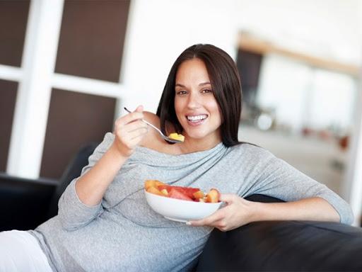 Bị ốm nghén nên ăn gì, những thực phẩm giảm chứng buồn nôn khó chịu