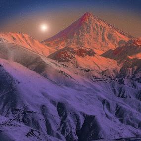Damavand peak by Fereshteh Molavi - Landscapes Mountains & Hills ( hills, mounts, snow, sun )