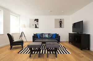 Lovat Lane serviced apartments, Monument