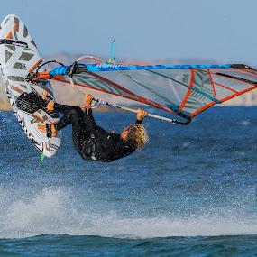 Freestlyle by Maurizio Mameli - Sports & Fitness Watersports ( water, watersports, sardinia, waterscape, sea, seascape, win, landscape, windsurf, italy, freestyle, windsurfing )