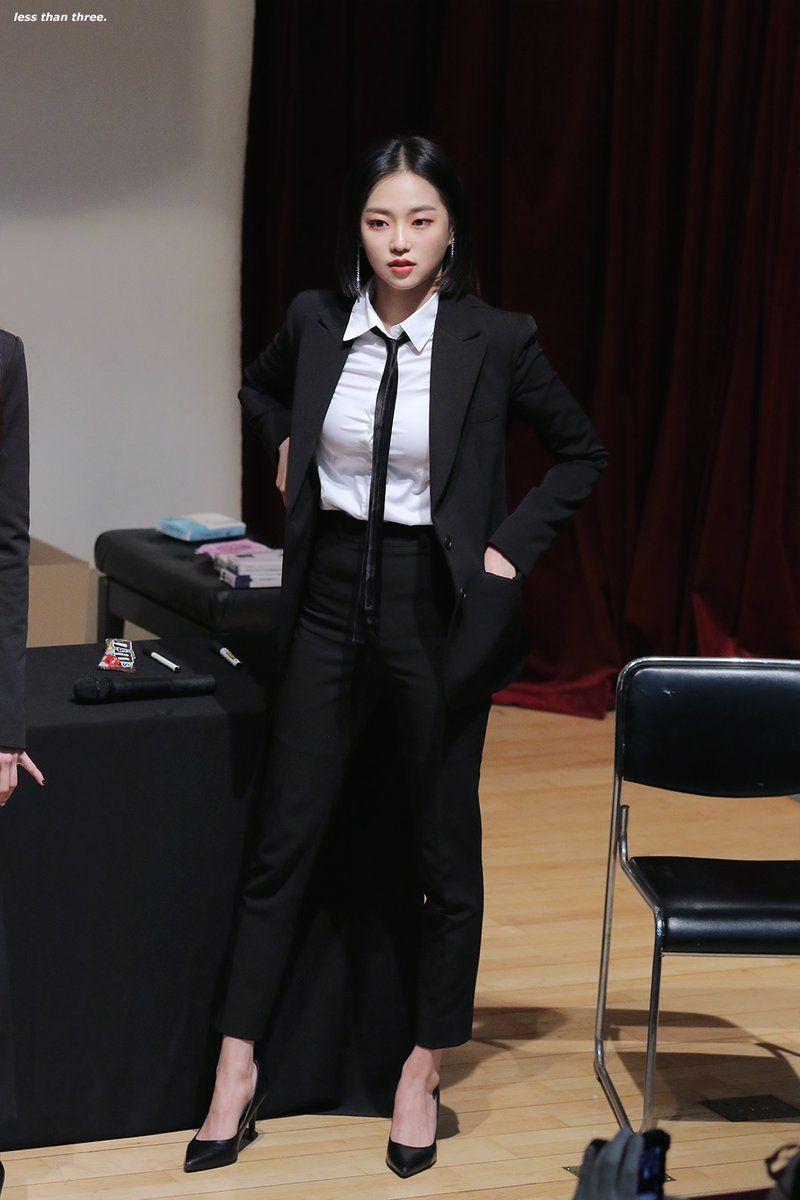 yeeun suit 46