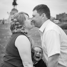 Wedding photographer Lada Kabanova (Lada). Photo of 29.07.2017