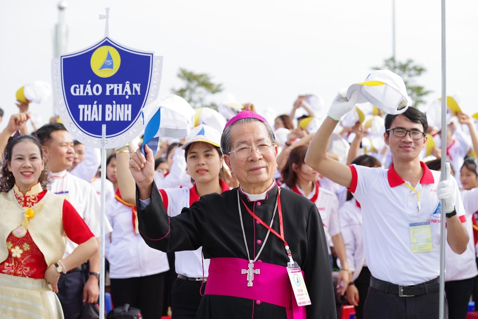 Những hình ảnh đẹp về lễ khai mạc Đại Hội Giới Trẻ giáo tỉnh Hà Nội lần thứ XV tại Thanh Hóa - Ảnh minh hoạ 20