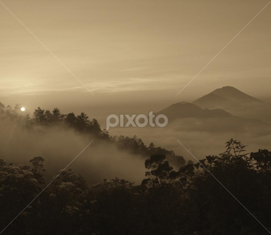 Kintamani by Agus Mahaputra - Landscapes Sunsets & Sunrises ( pwcotherworldly )