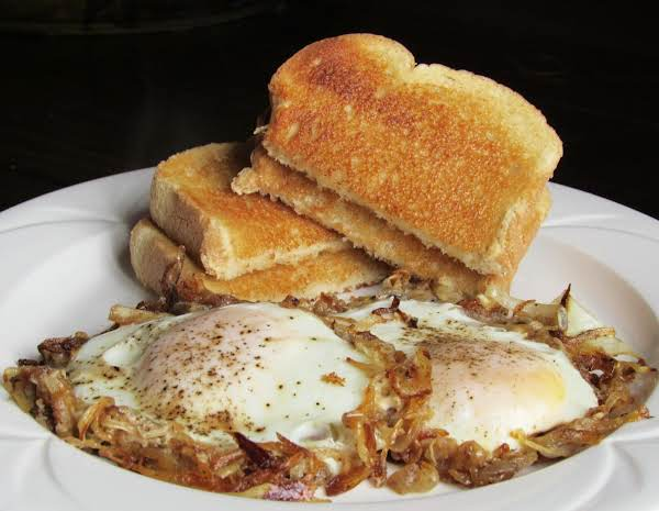 Caramelized Onions With Eggs Recipe