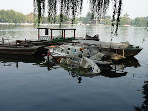 Photo: Beijing - Houhai lake with sunken boats