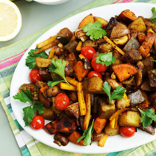 Potato Veggie Hash with Sour Cream Sauce Recipe