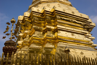 Photo: The chedi is plated with gold, presenting a blinding sight in the tropical sun. Zeiss 24mm.