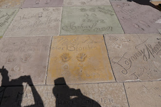 Photo: Hollywood Walk Of Fame vor dem Chinese Theatre