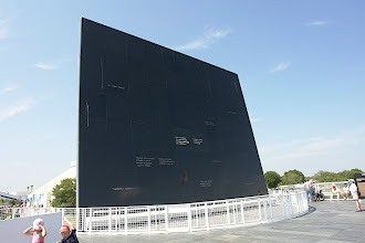 Photo: Space Mirror Memorial