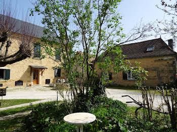 Maison 19 pièces 500 m2