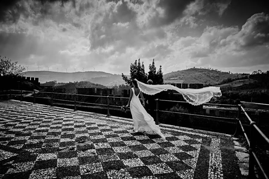 Wedding photographer Nuno Lopes (nunolopesphoto). Photo of 08.05.2020