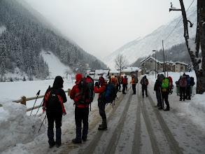 Photo: giovedi 6 gennaio prima escursione in partenza per il  Rifugio Laus
