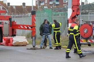 Photo: Stoere mannen onder elkaar. ⓒ Piet van Gemerden