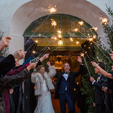 Wedding photographer Anette Bruzan (bruzan). Photo of 24.11.2018