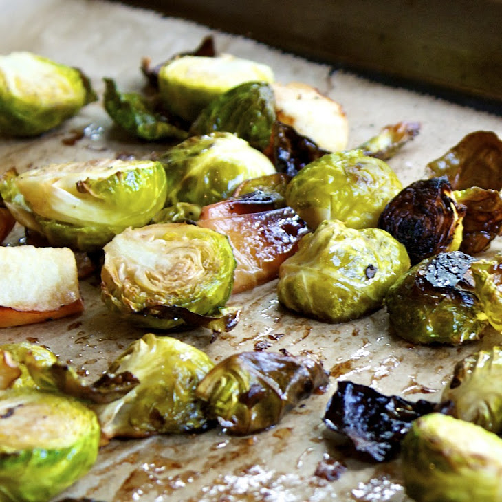 Balsamic Roasted Brussels Sprouts And Apples Recipe | Yummly