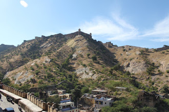 Photo: Jaigarh fort as seen from Amber