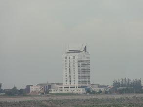 Photo: batiment chinois - au bord du Mékong - Vientiane - Mai 2012