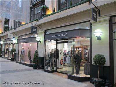 Austin Reed On High Street Fashion Shops In City Centre Nottingham Ng1 2dd