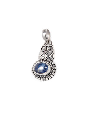 Kyanit, oval silverhänge med filigran